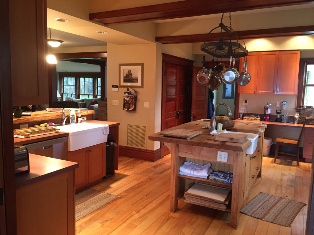 Gallery marty 39 s place a vacation rental on whidbey for Gourmet kitchen island